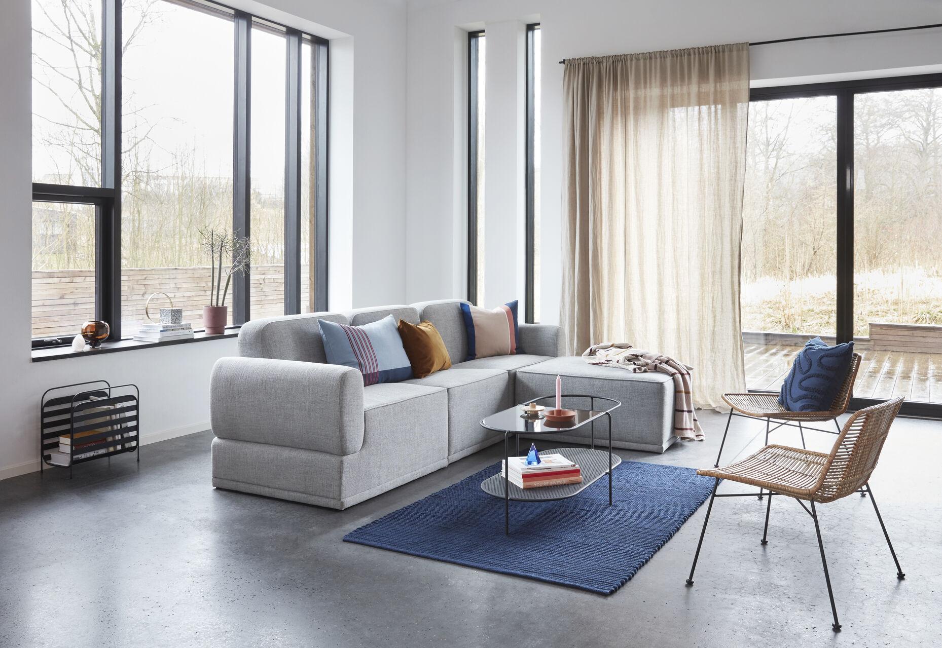 A kanapé elhelyezése a nappaliban