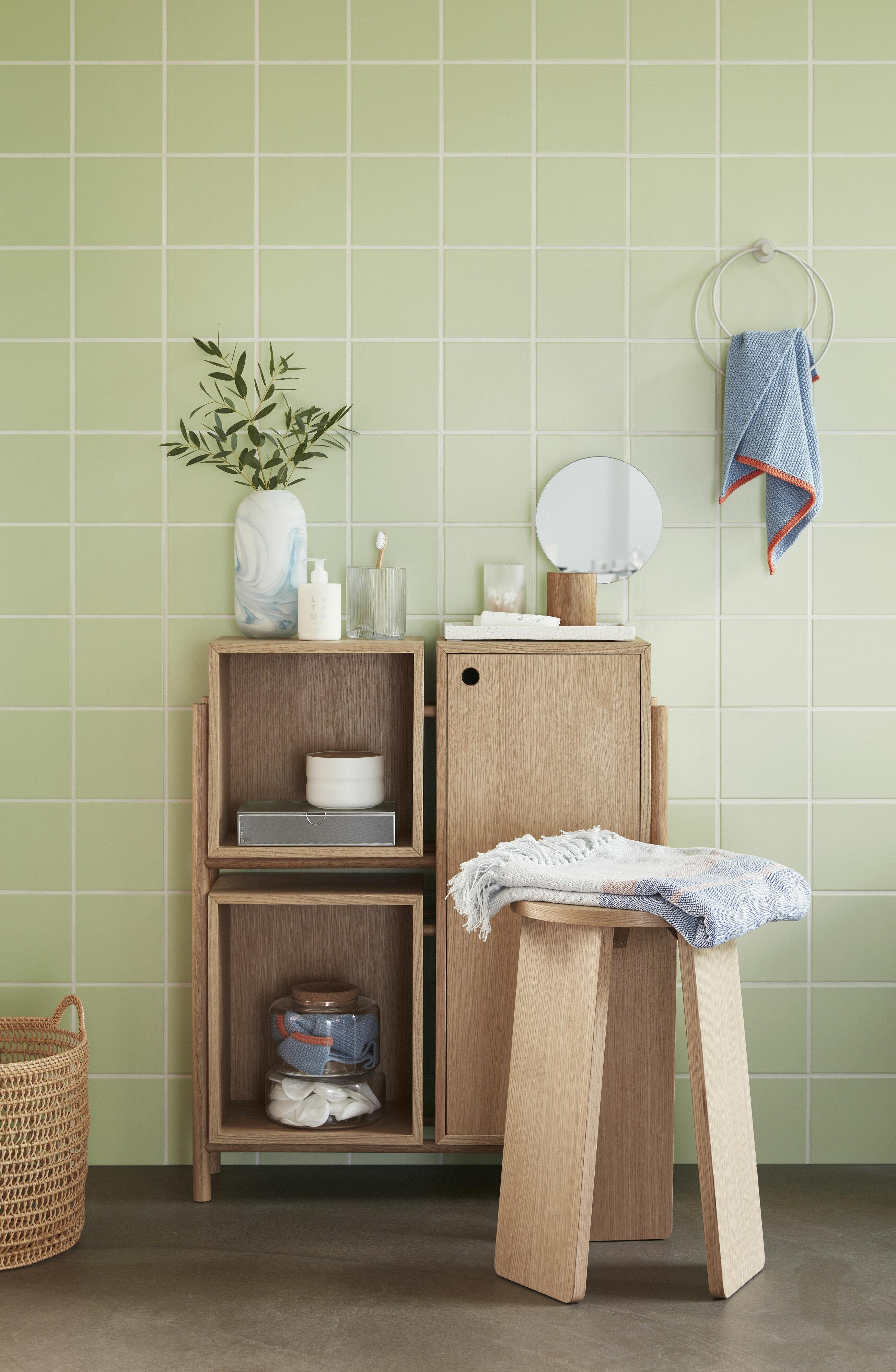 a világos fürdőszoba tisztaság érzetét kelti