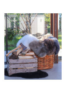 Barna báránybőr üléstakaró 80x50 cm