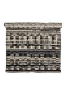 Fekete mintás gyapjú szőnyeg 180x120 cm