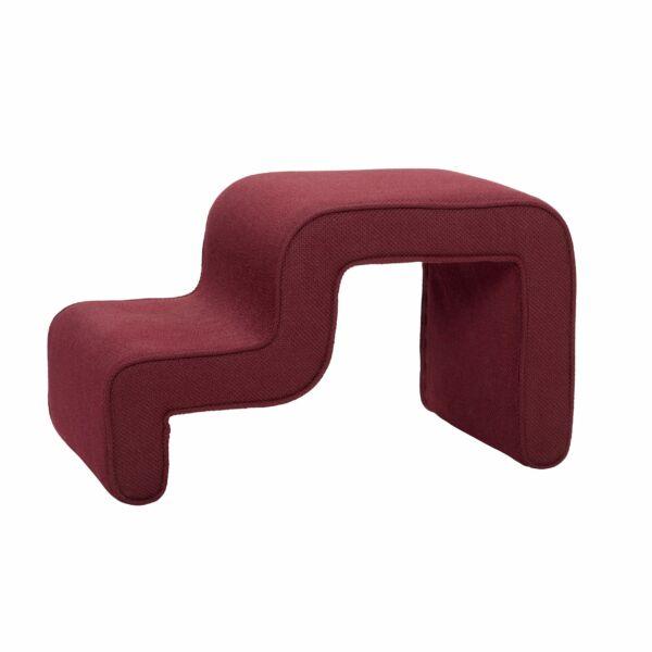 Vörös szabálytalan textil ülőke
